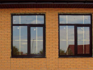 окна под дерево со шпроссами