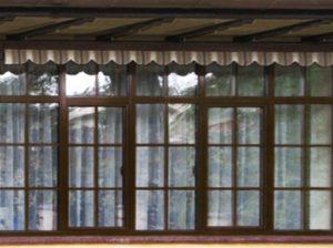 ламинированные пластиковые окна со шпросами